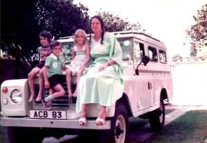 Lizzie Land Rover when we first bought her in July 1983.  Sorry for the poor colour quality here.  She REALLY was pale yellow.
