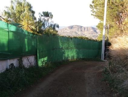 4 Fixed fence